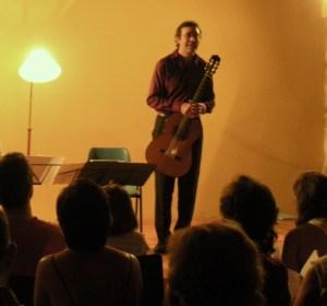 ANTONIO DOMINGUEZ presenta el concierto de KETTARAH
