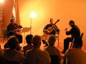 AQUILICE interpreta el sorprende trio de Alfred Uhl