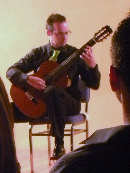 ROBERTO MORON interpreta a TARREGA
