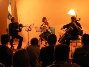 El trío ISADORA interpreta el TERZETTO de A.DVORAK