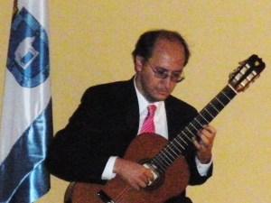JOAQUIN TAFUR, organizador del ciclo de conciertos