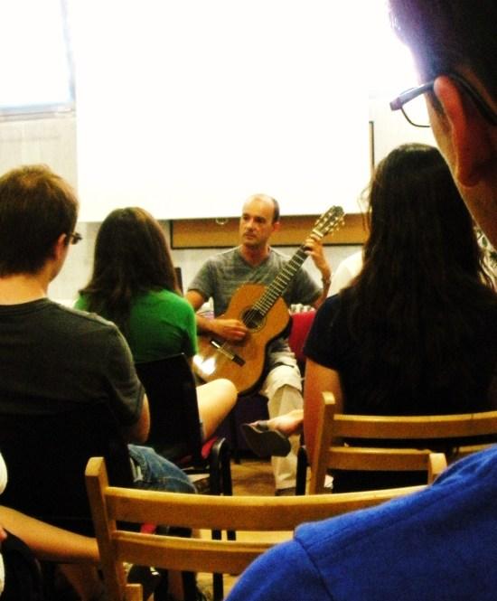 Tecnica de la guitarra en el S.XXI por PEDRO MARTIN