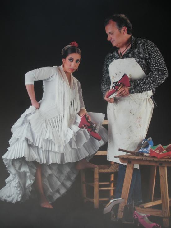 Fuensanta, la moneta (bailaora) y Ricardo Fernández (artesano zapatero)