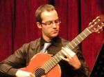POR NUNCA MAS OLVIDADO                                             -El guitarrísta español Roberto Moronn Pérez recupera el Andrés Segovia Archive-                               (por Blair Jackson para la revista ClassicalGuitar)